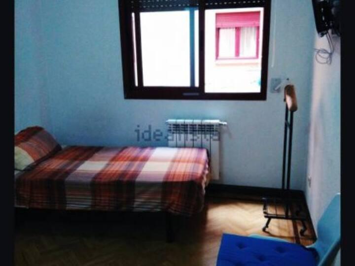 Habitación con baño Pta Toledo/Room with bathroom