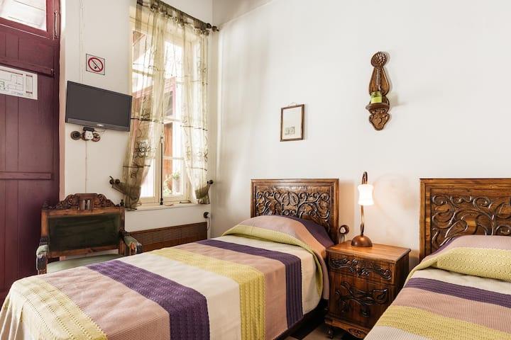 GUL HANIM HOUSE BUTIQUE HOTEL WHITE ROSE ROOM