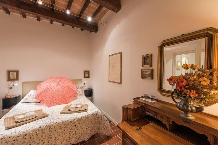 Vermaaten Residence Todi Deluxe - Todi - Apartment