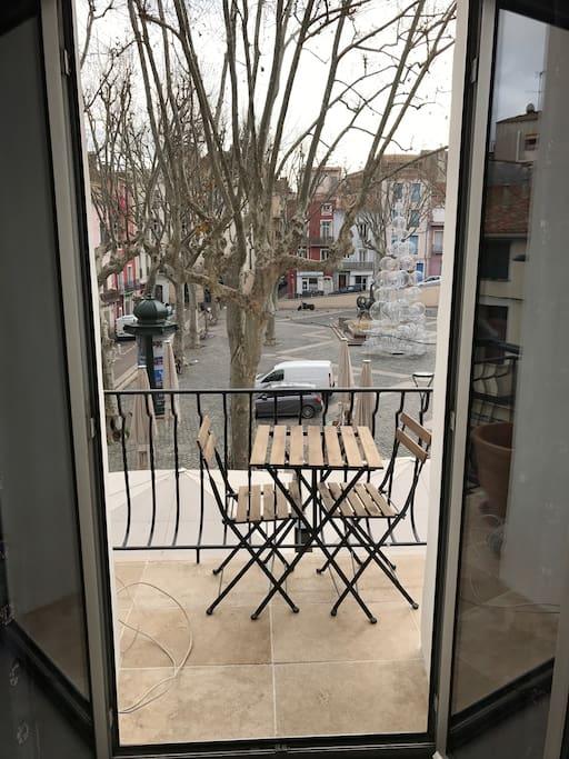 "Great view on the""Place de La  Mairie""( Winter)"