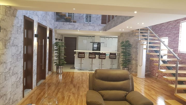 Pent House- Modern & Ultra Luxurious, Islamabad