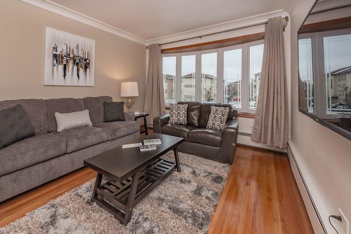 Comfy Condo Near O'Hare/Rosemont & Suburbs