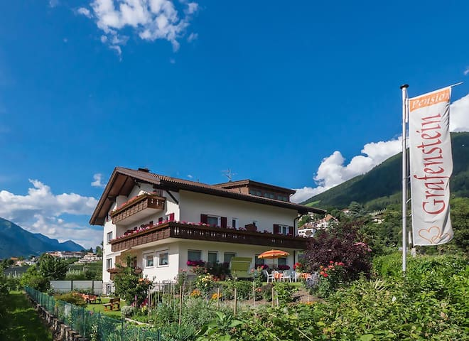 Guesthouse Grafenstein in Meran - Einzelzimmer