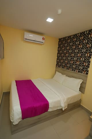 Standard double Room with attached bathroom
