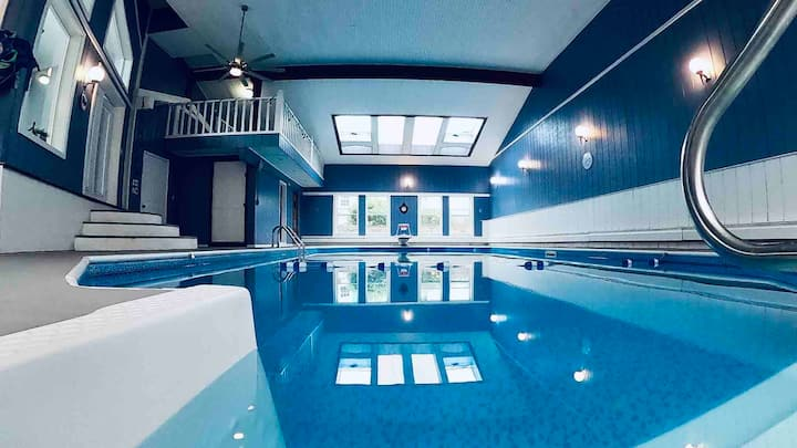 Poseidon's  Palace - Pool Oasis