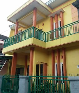 """Boarding House """"Wisma Vina 2""""-New House -For Woman"""