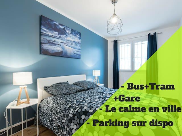 Apartment-Superior-Ensuite with Shower-V0F