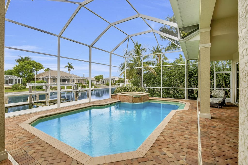 The pool and spa are spacious enough for the entire family!