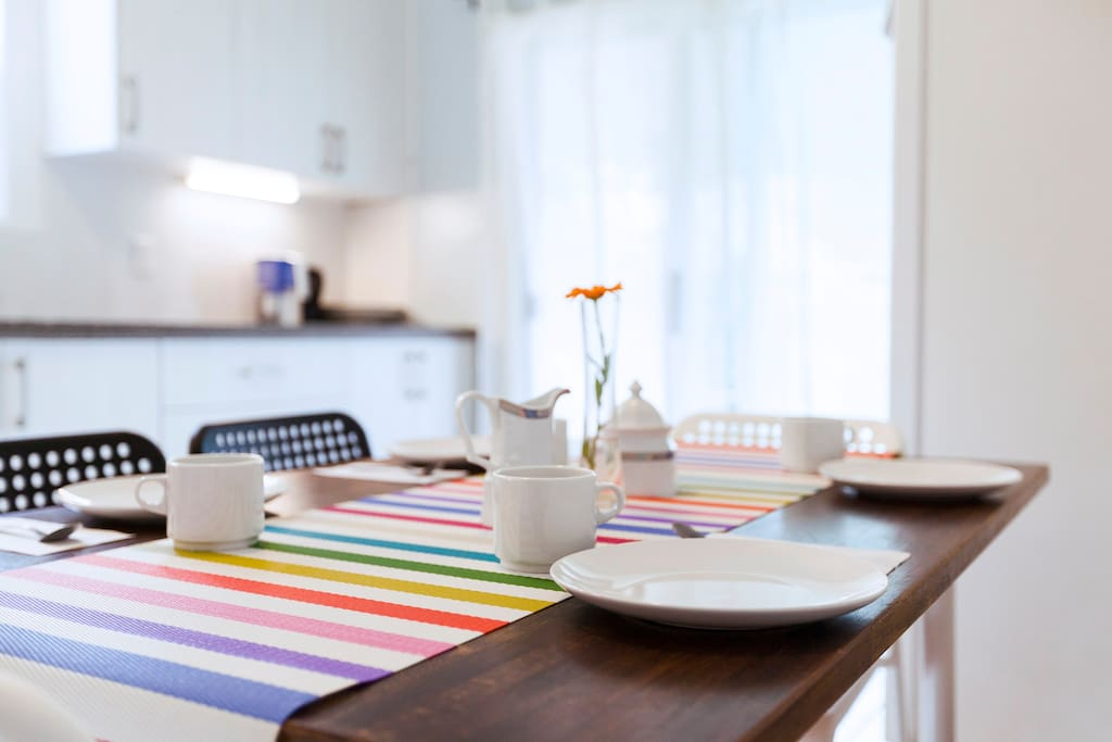 Dining table in the kitchen for 4 to 6