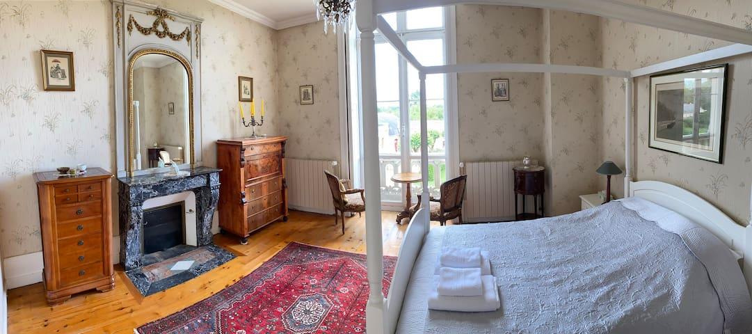 Private Château's room 25 min. 24h Le Mans Circuit