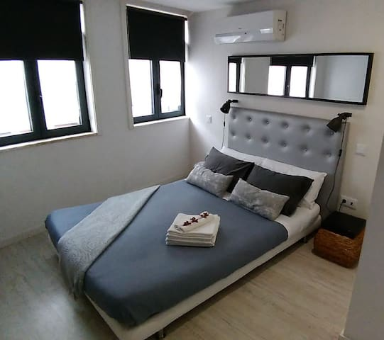 Loft Elegance 302 in Porto Center