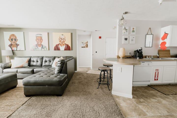 Shangri-La, A Peaceful 4 Bedroom Retreat