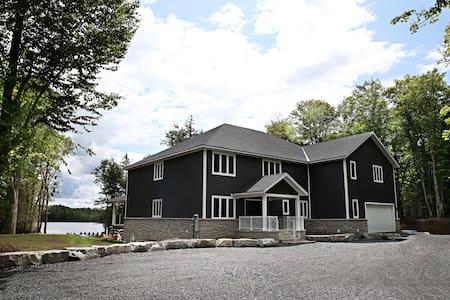 Large  Muskoka Waterfront Cottage Newly Built 2019