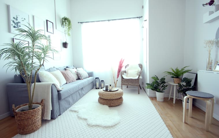 E's House near Hongdae area. Great location!!