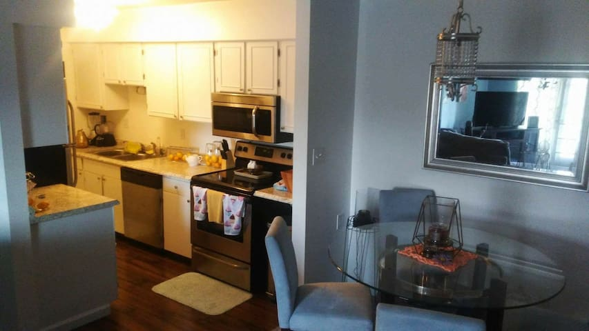 Cozy Condo - Pittsburgh - Kondominium