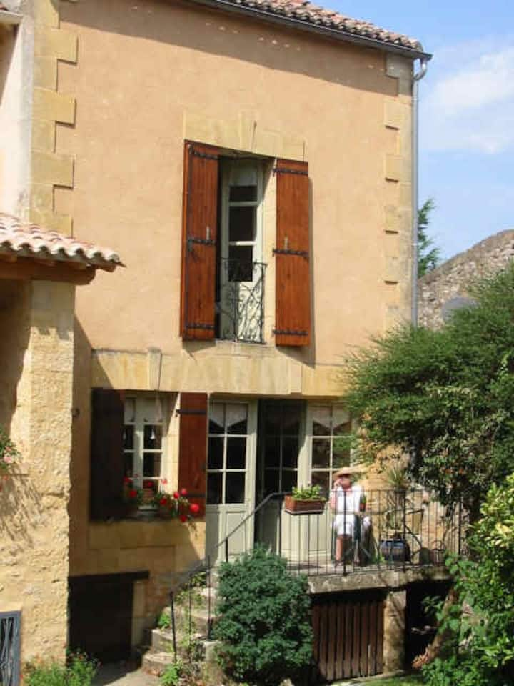 Maison Gite Andre owned by Mary and Andrew Kennedy