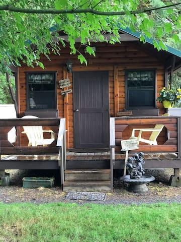 Mill Creek Inn Fishing Retreat Cabin #1