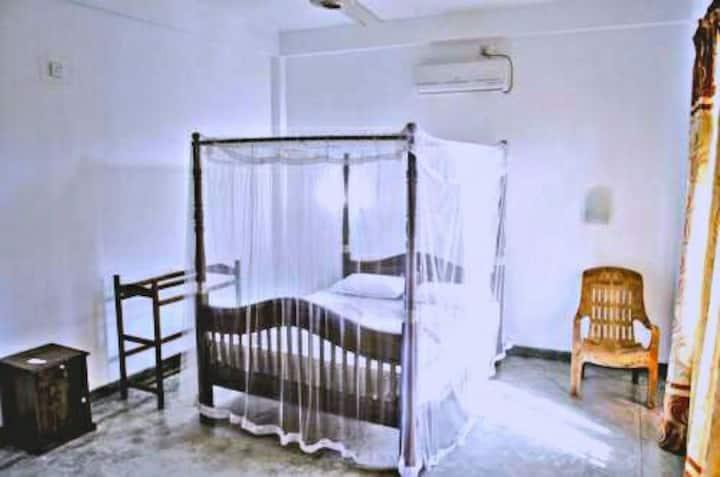 Mirissa Superiour Double Room,AC,Breakfast,Clean