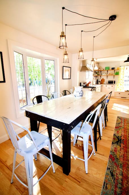Sit with up to 10 at the dining table