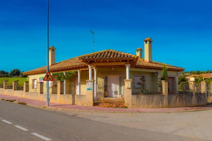 Villa Gallart Alquiler Rural 365 D.