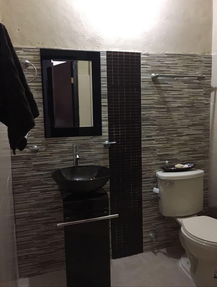 Preciosa Suite Centro de la Ciudad baños de lujo