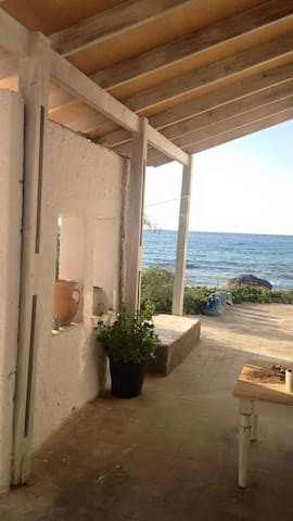 Your private sitting area. 2 meters from the beach!