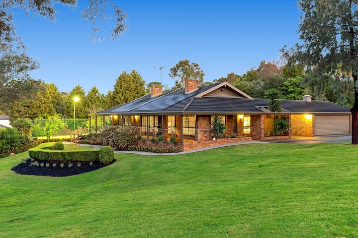 Quiet Privacy Resort for Big Group and Family - Templestowe