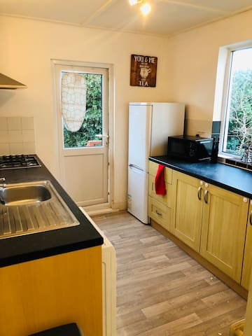 Nice 2 Bedroom flat in Southend with wifi