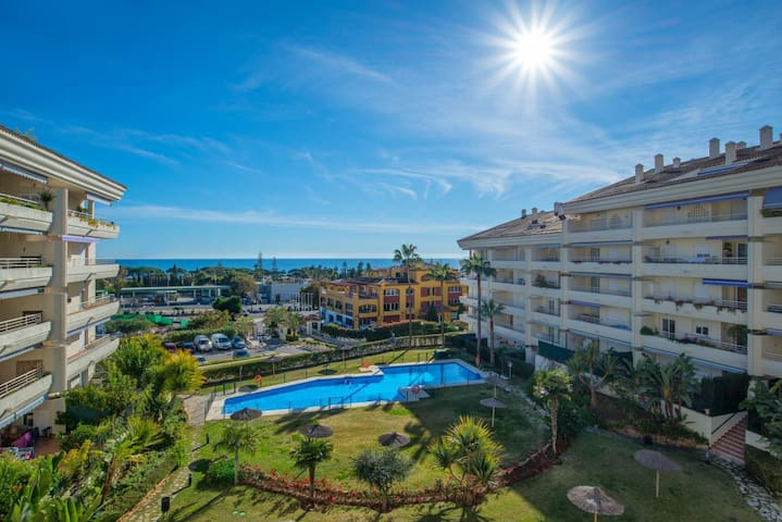 Apartment in the Golden Mile, Marbella.