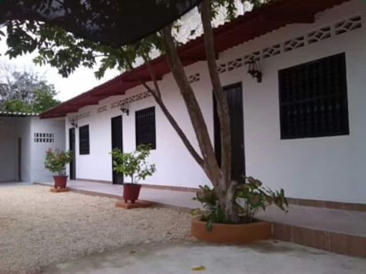 Hospedaje Villa Elena