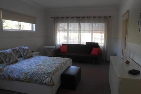 Aysgarth in Bright - Bright - Wohnung