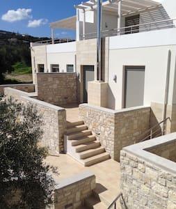 Modern 2Bedroom Villa with share pool - Adele