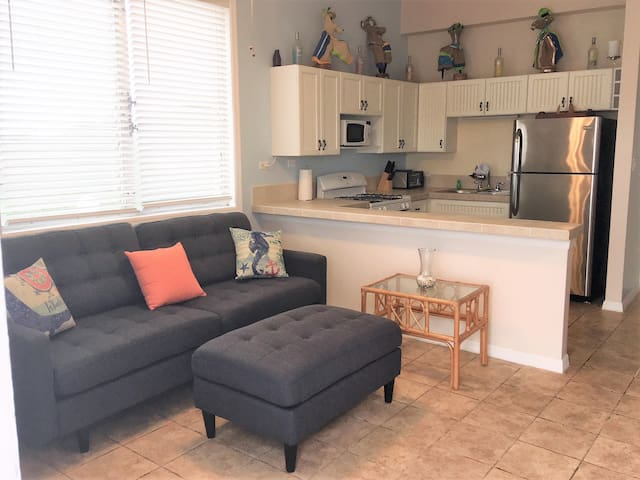 Crucian Dreams 2bed/1bath Condo