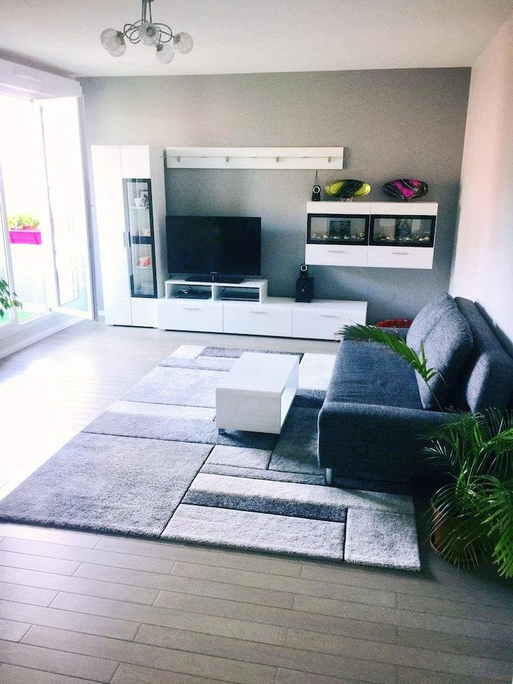Moderne Appartement 60m2 avec terrasse et parking
