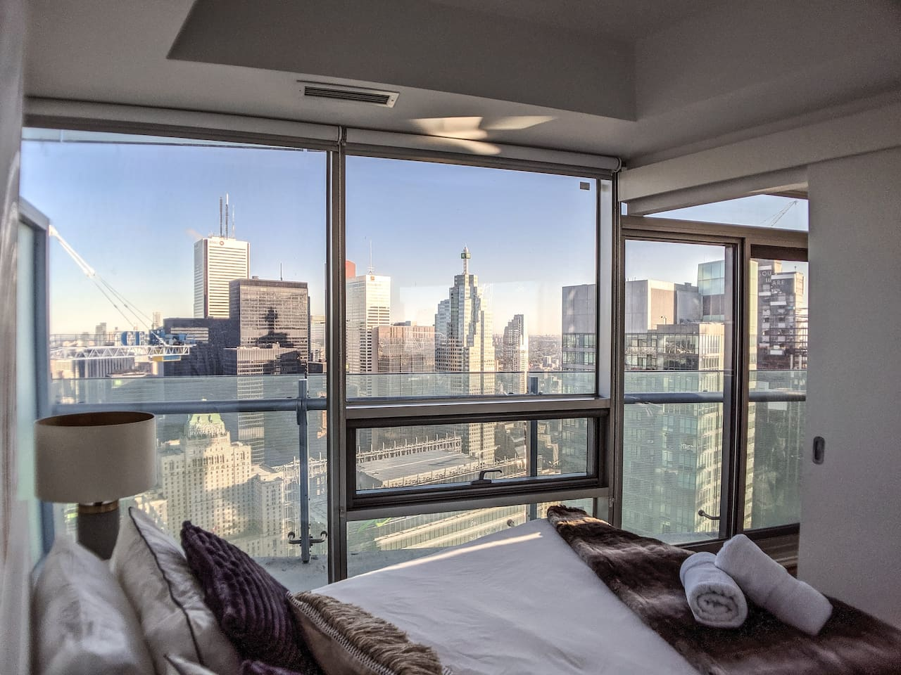 Wake up to a Stunning View!