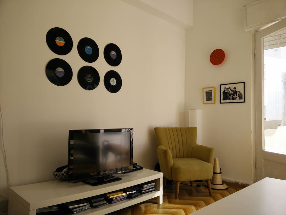 Cable TV + DVD