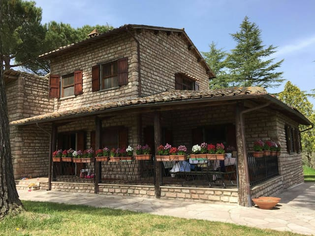 Large House on Private Estate - Bagnoregio - House