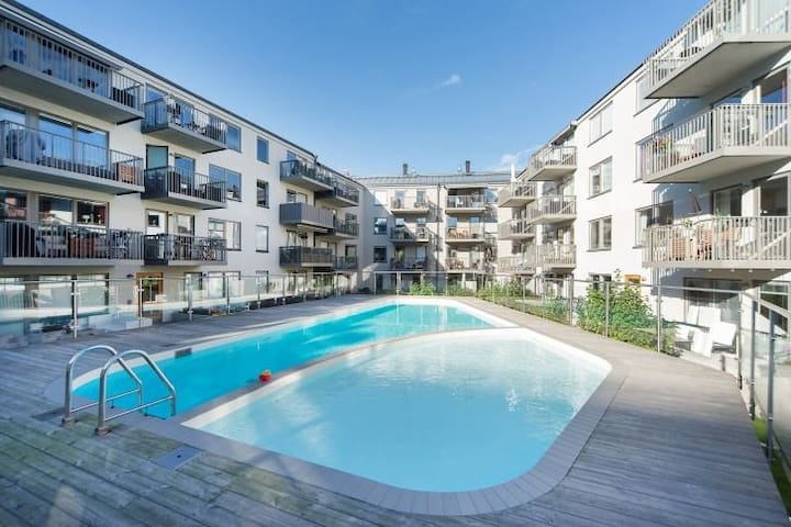 Modern apartment 96 sqm, pool, 3 bed rooms - Stockholm - Apartment