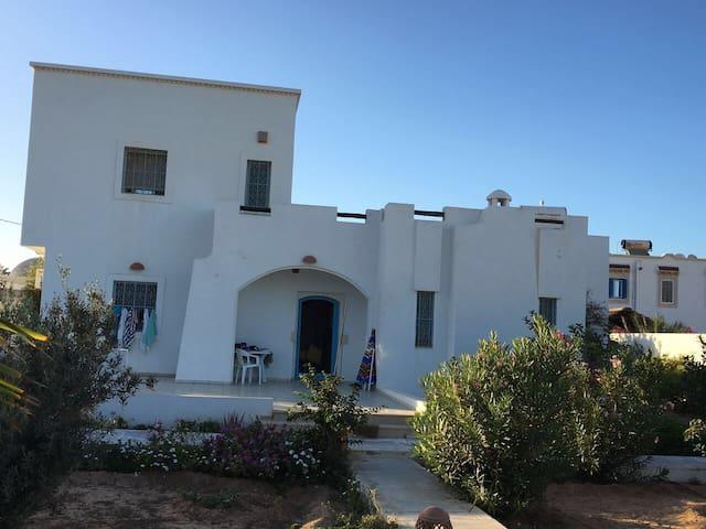 maison d'hôte charmante typiquement djerbienne - Aghir - Villa