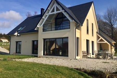 Chambre privative en pleine nature - Gonneville-sur-Mer - House