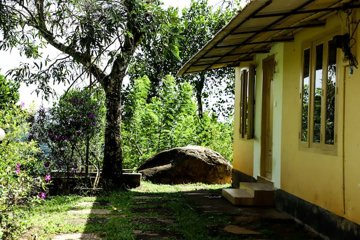 3BR | FarmStay 2 | Surrounded by hills and Gardens