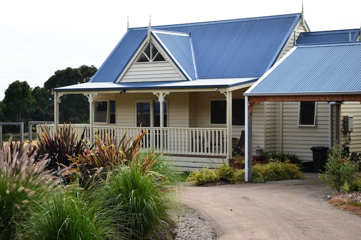 Somers Peninsula Retreat,