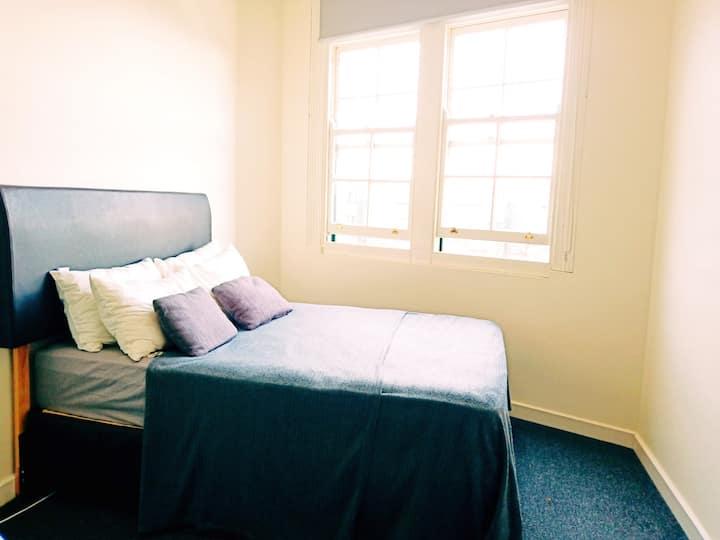 Studio Apartment - Inner Sydney
