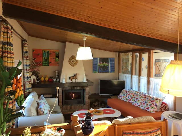 Charming Village House Near Andorra, WIFI , Sat TV