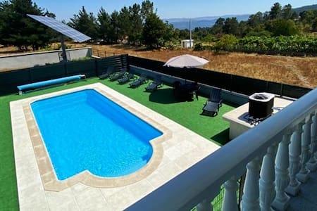 Casa das Novas - w/ private heated pool