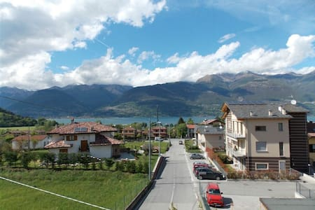 Casa vacanza Appartam. vista lago - Colico Piano - Apartment