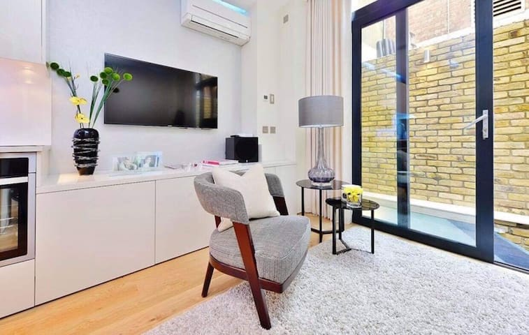 Beautiful 2 bed Duplex Leicester Sq Covent Garden