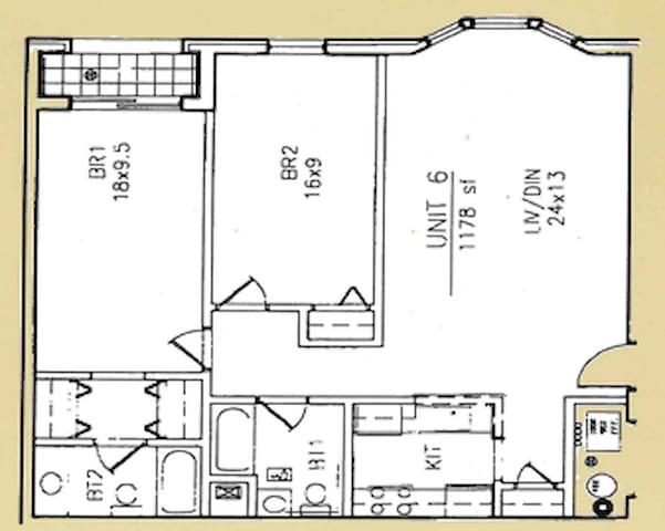 3 Bedroom/2 Bathroom Apartment