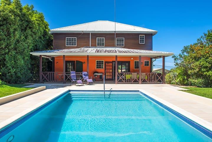 Chindwin Bajan Holiday Villa