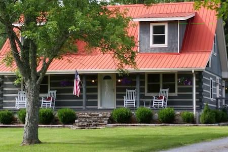 Twin Oaks Guest Ranch Log Home - Mount Juliet
